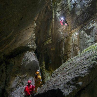 """5.lik: <em><a href=""""//www.instagram.com/aliethemkeskin"""">Ali Ethem Keskin</a></em>, Kastamonu 3. Uluslararası Mağara Fotoğraf Etkinliği (Kapaklı Kuylucu - Fatma Waqif) Nikon D800, Nikkor 14-24 f/2.8, 10 saniye, F/11"""